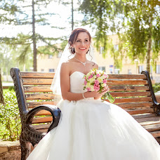 Wedding photographer Anna Dolgova (DolgovaSPB). Photo of 12.12.2016