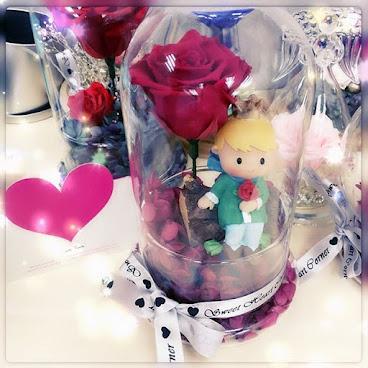 ❤️Only one系列❤️送給您的她一份獨一無二的禮物🌹訂製需時約3-7個工作天❤️由鮮花而製的保鮮花,不需要陽光照射,不需要澆水,就能保存達三年。 歡迎Whatapps 查詢有關詳情Tel:67417898。❤️#不凋花 #小王子 #結婚禮物 #sweetheartcorner #giftforher #婚禮 #hkiger #hkflower #保鮮花 #hkflowershop #生日 #紀念日 #母親節 #送禮 #康乃馨 #小禮物 #生日禮物 #花 #音樂盒  #謝師禮物  #presentflowers #彩虹玫瑰 #相架 #禮物 #handmade #玫瑰花 #hkigshop #hkgirl#永生花