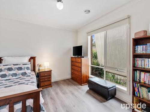 Photo of property at 2/16 Nursery Avenue, Frankston 3199