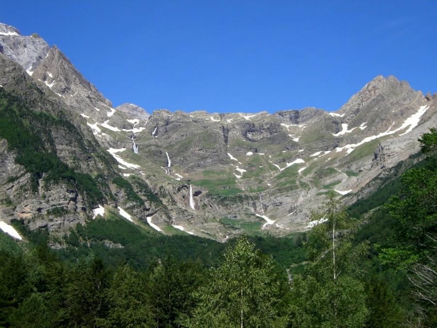 Vuestras vistas del Circo de Pineta por donde ya vemos las primeras cascadas 😎