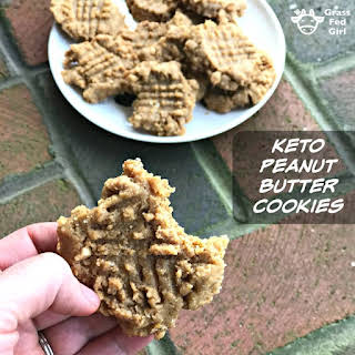 Low Carb and Keto Peanut Butter Cookies.