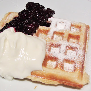 Vonshef Belgian Waffle Maker and Some Homemade Waffles.