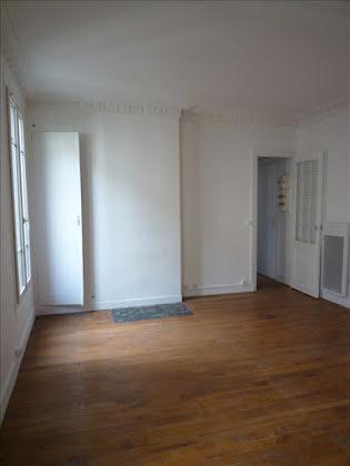 Location studio 30,93 m2