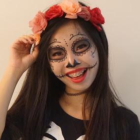 Happy Halloween  by Mary Yeo - Public Holidays Halloween (  )