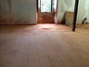 Photo: Espace grandes œuvres - restauration sol existant.