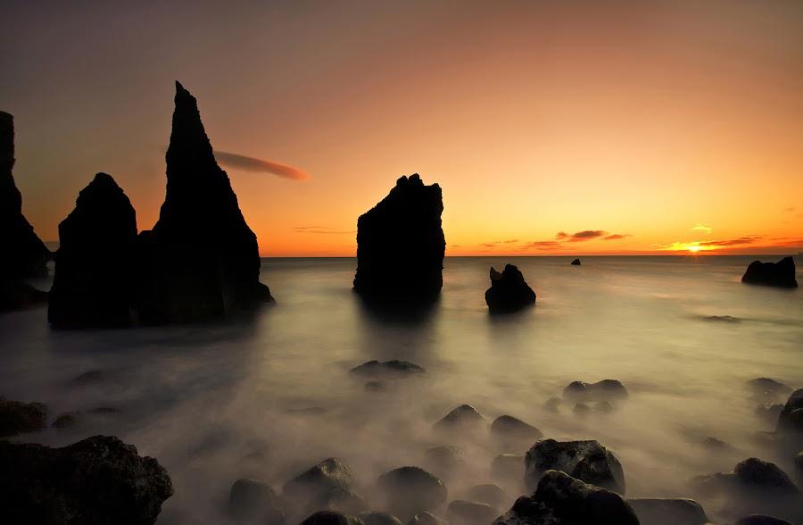 Nature Showing off  by Þorsteinn H. Ingibergsson - Backgrounds Nature ( iceland, sky, nature, sunset, structor, landscape, stones, rocks )
