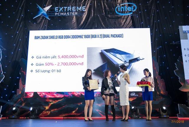 H:\1.Chi\0.Intel\Extreme PC Master SS4\INTEL - EPCM ss4-20180621T063921Z-001\INTEL - EPCM ss4\Xong\mini game - trao quà\IMG_0666.jpg