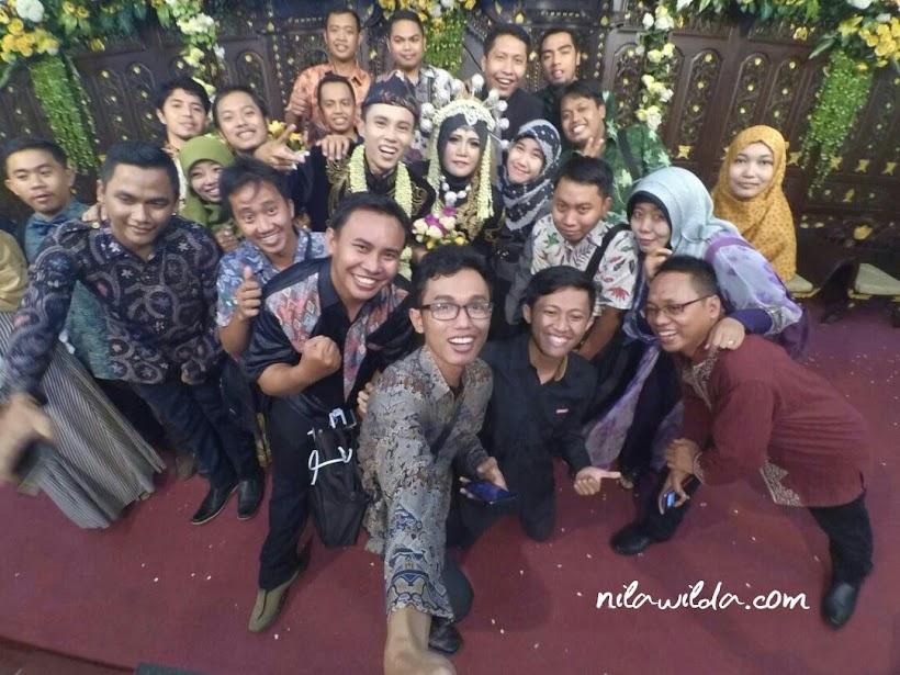 Resepsi Pernikahan : Part 1 R & R