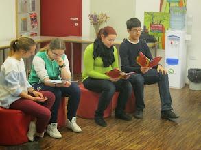 Photo: Zgodba o romski deklici Jagodi v Mestni knjižnici Piran. (Foto Aleš Majer)