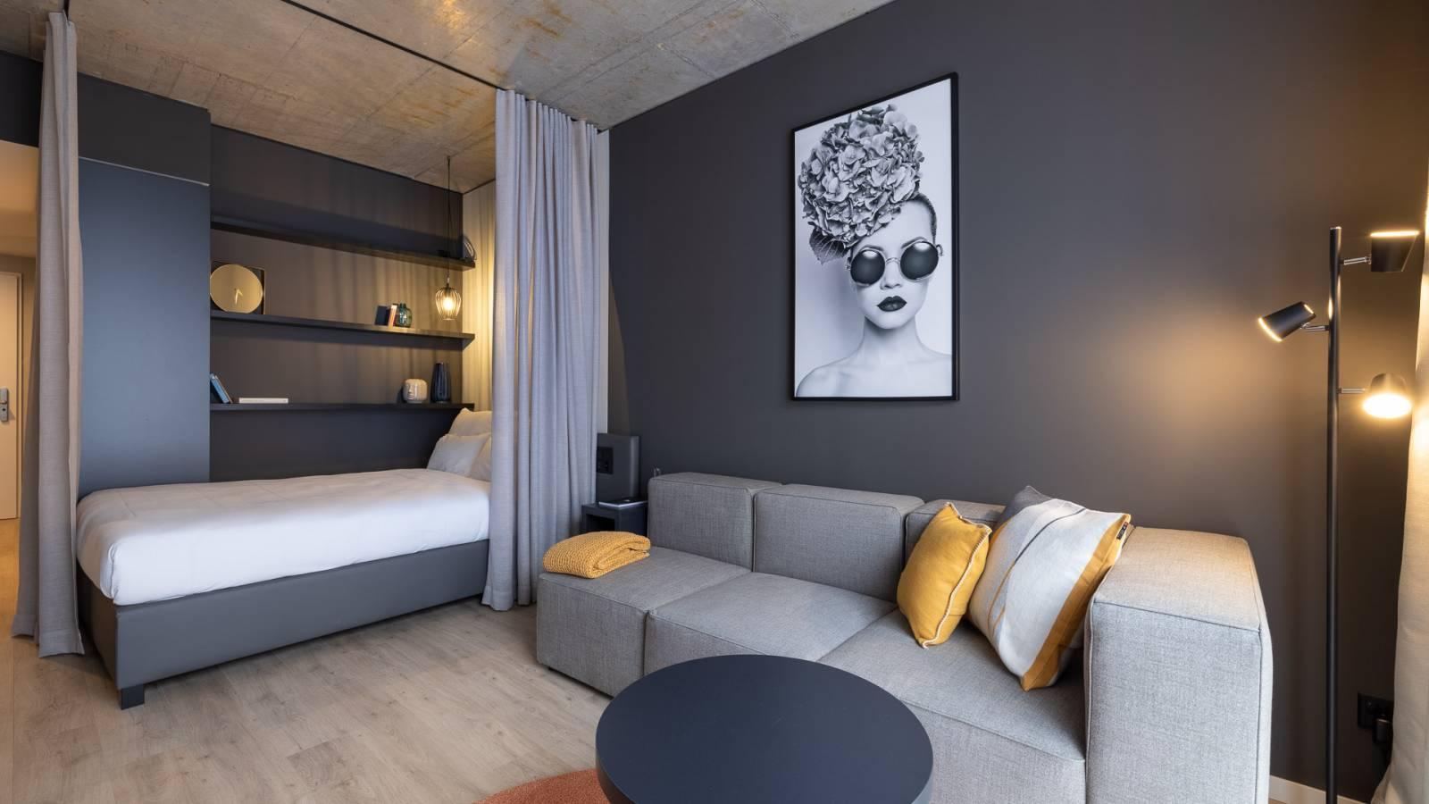 Bonito y moderno estudio en gris en Zurich