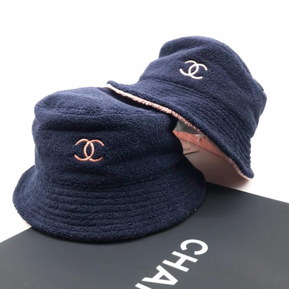 แจก 7 ลายแทง หมวกบัคเก็ตดีไซน์ชิค จากแบรนด์ดัง4