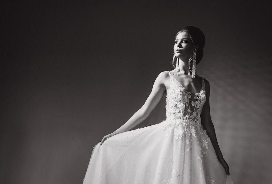 Wedding photographer Vladimir Esipov (esipov). Photo of 24.10.2019