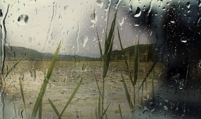 e piove  di AlexSandra