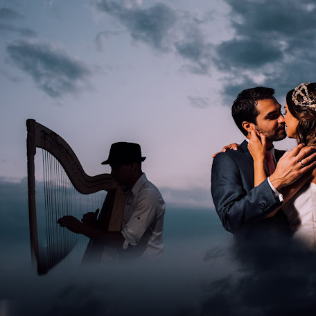 Wedding photographer Cesar Mongelos (CesarMongelos). Photo of 15.11.2017