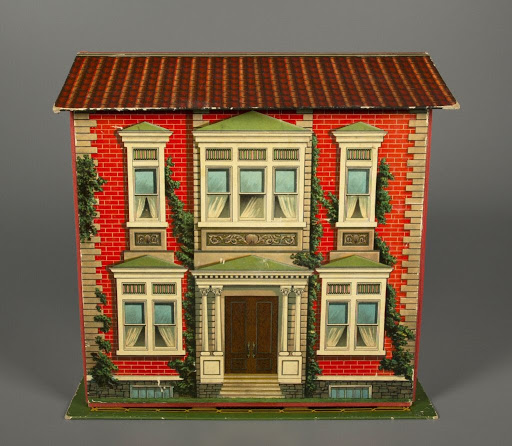 Dollhouse:The New Folding Doll House