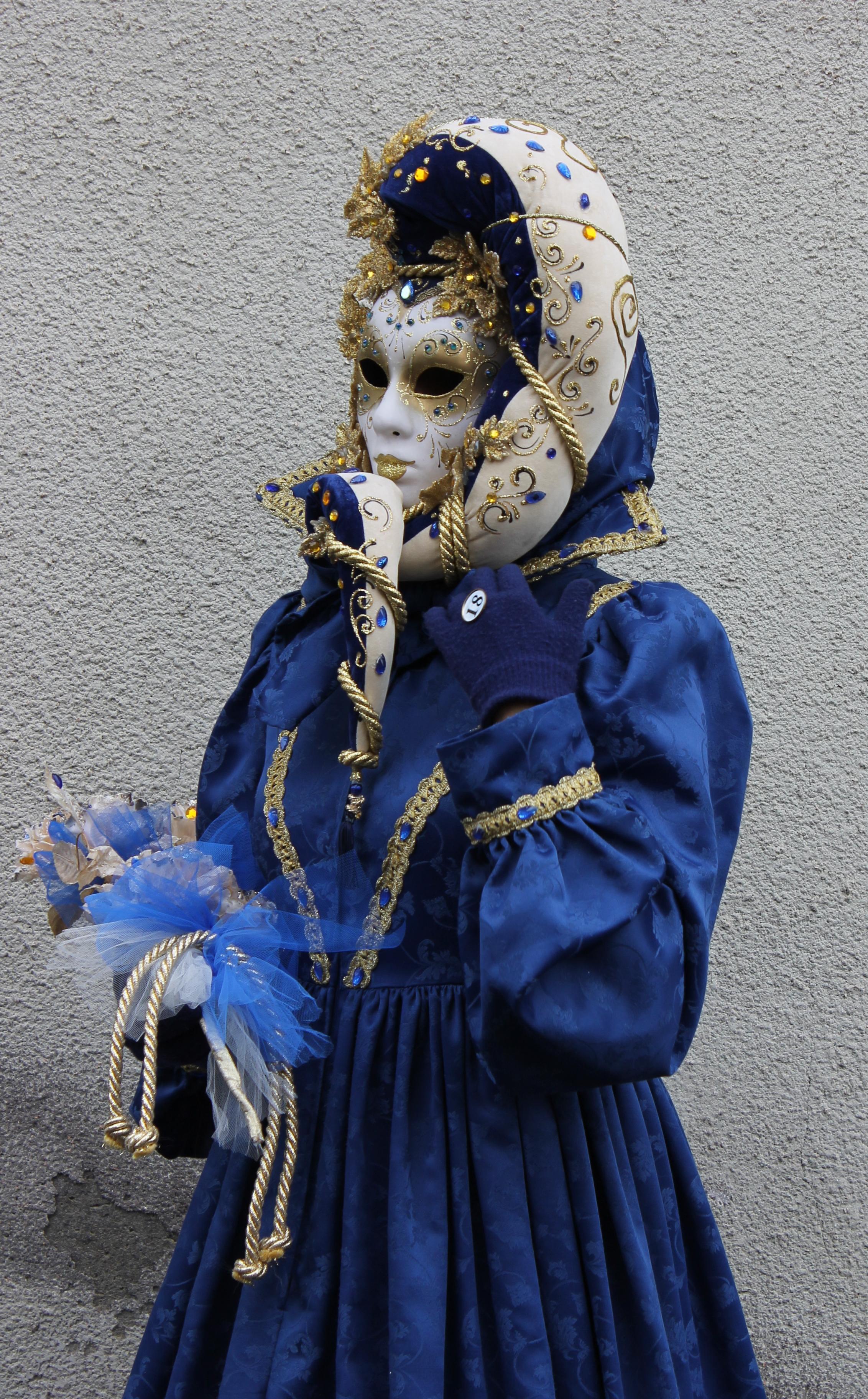 Castigion Fibocchi. Maschera in blu di valeriasantelli