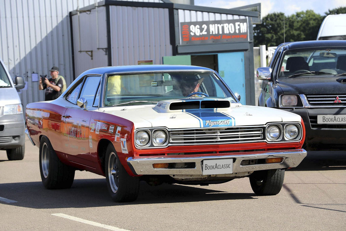 Plymouth Road Runner Hire Rushden