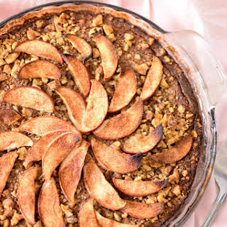 Apple & Cinnamon Baked Oatmeal Cake.