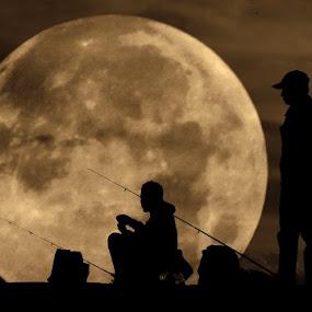::: full moon fisherman ::: by Budjana Yamazaki - People Fine Art