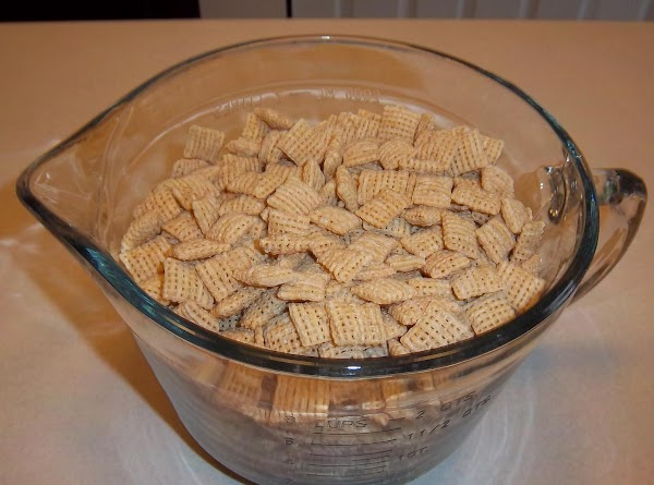 Place vanilla chips in microwave-safe container and melt (approximately 1 minute at a time)....