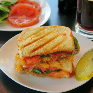 Bronzed Tomato Spinach Cheddar Panini #SundaySupper.
