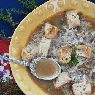 Easy French Onion Soup – #SoupSwappers.