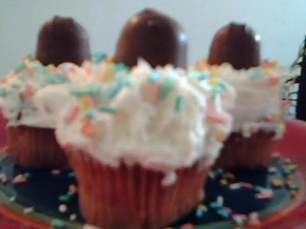 Sweet 16 Confetti Cupcakes Recipe
