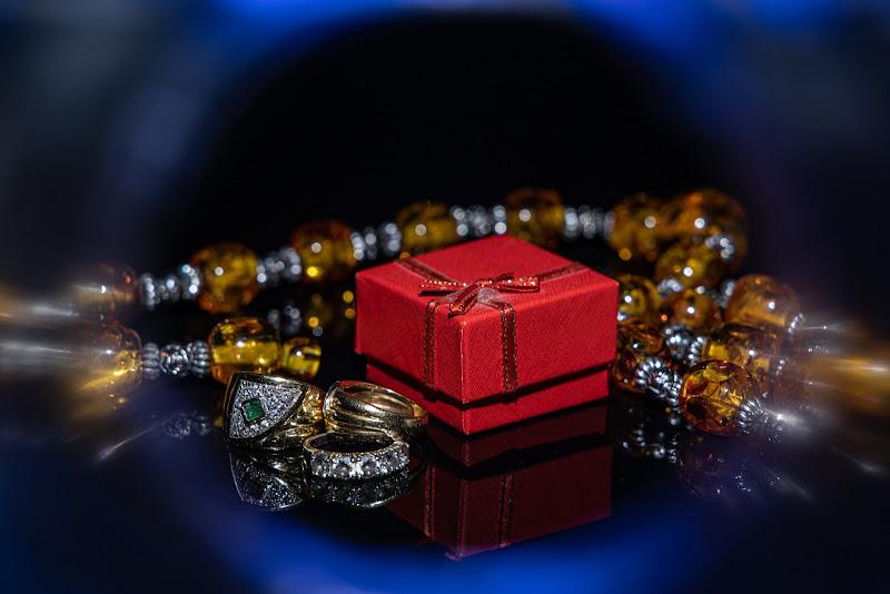 Red surprise! di lorenzo_ciuni
