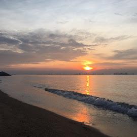 Sunrise by Janette Ho - Instagram & Mobile iPhone (  )