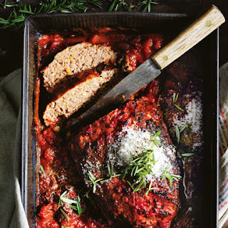 Classic Tomato Baked Meatloaf Recipe