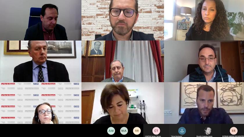 El encuentro de La Voz y la Cadena SER contó con numerosos profesionales.