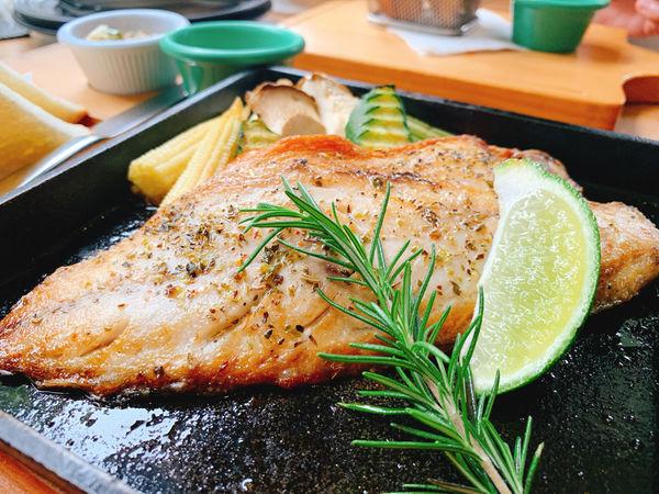 綠色小徑 鳥鳴 咖啡 花香 下午茶 推薦 新竹親子餐廳 景觀餐廳