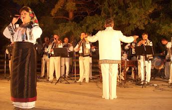 Photo: Recepción en Capul Campului, por el Presidente de la región