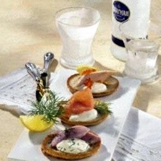 Blini mit Lachs & Co