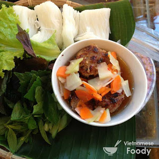 Vietnamese Grilled Pork with Rice Noodles (Bun Cha Recipe)