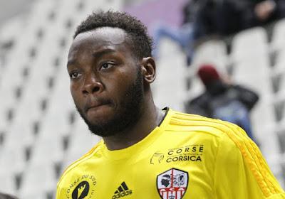 Officiel: Parfait Mandanda quitte Charleroi pour Mouscron