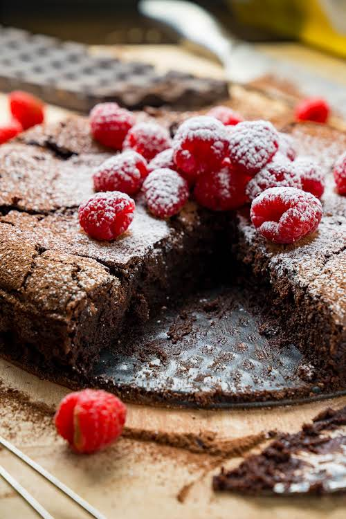 "Flourless Chocolate Cake""A super easy to make, rich and decadent fudgy flourless..."