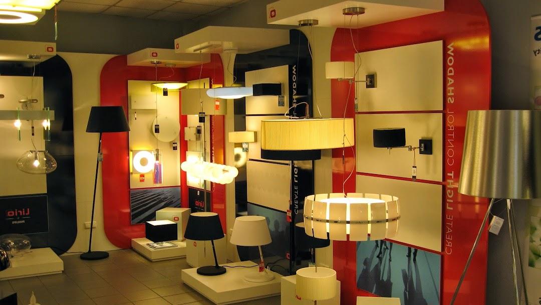 Картинки по запросу Большое разнообразие современных настольных ламп