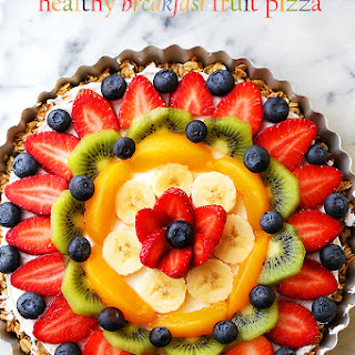 Healthy Breakfast Fruit Pizza.