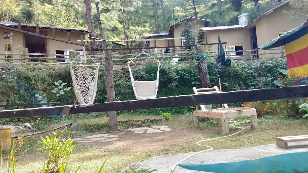 Pine Valley Camps - Mud-House Accommodation, Woodfire ...