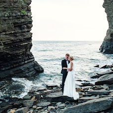 Wedding photographer Andrey Tokarev (Racries). Photo of 28.04.2016