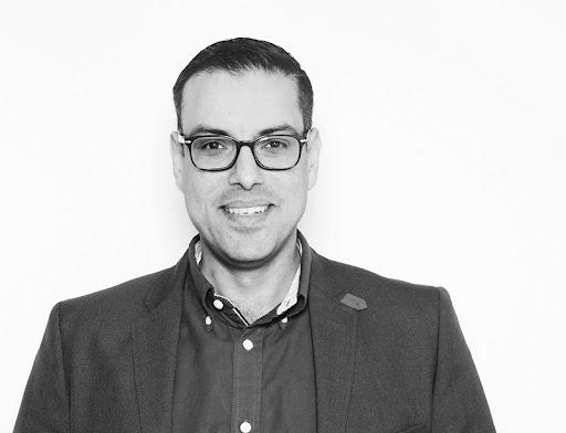Simpli Connect CEO Farhad Suleman.