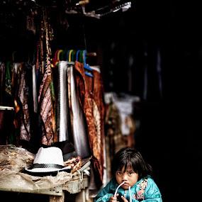 by Siew Jun Han - Babies & Children Child Portraits