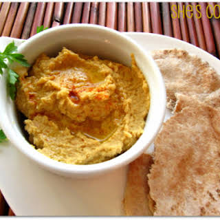 5-minute Spicy Hummus.