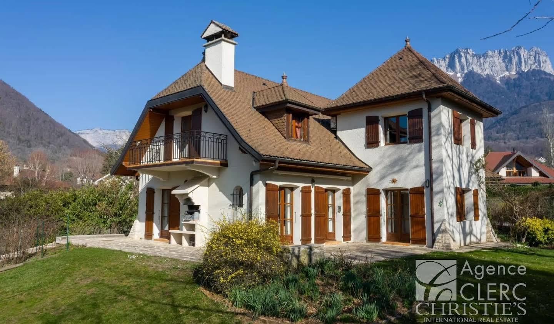 Property Menthon-Saint-Bernard