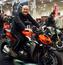 Photo: Kawasaki Z1000