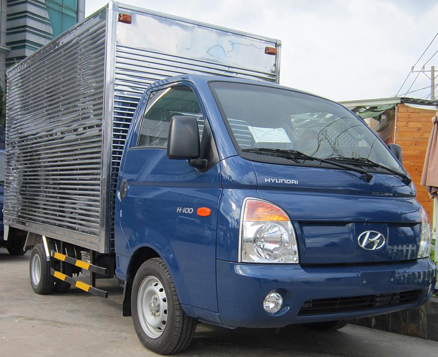 Hyundai-H100-Xe-tải-1-tan-thùng-kín.jpg