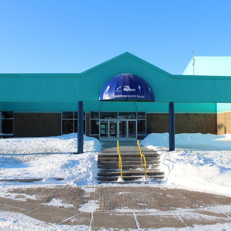 dccfd2fe97c Northern Lights Palace Pool - Public Swimming Pool in Melfort