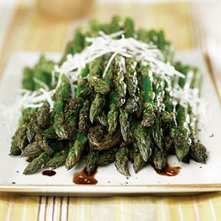 Grilled Asparagus with Balsamic Vinaigrette Recipe