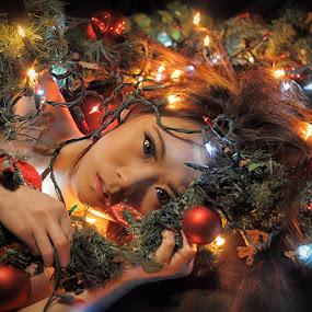 Silent night.. by Tito Adinoegroho - People Portraits of Women